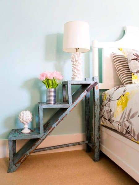 mesa de noche escalera