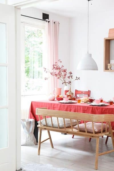 decoración rosa con madera
